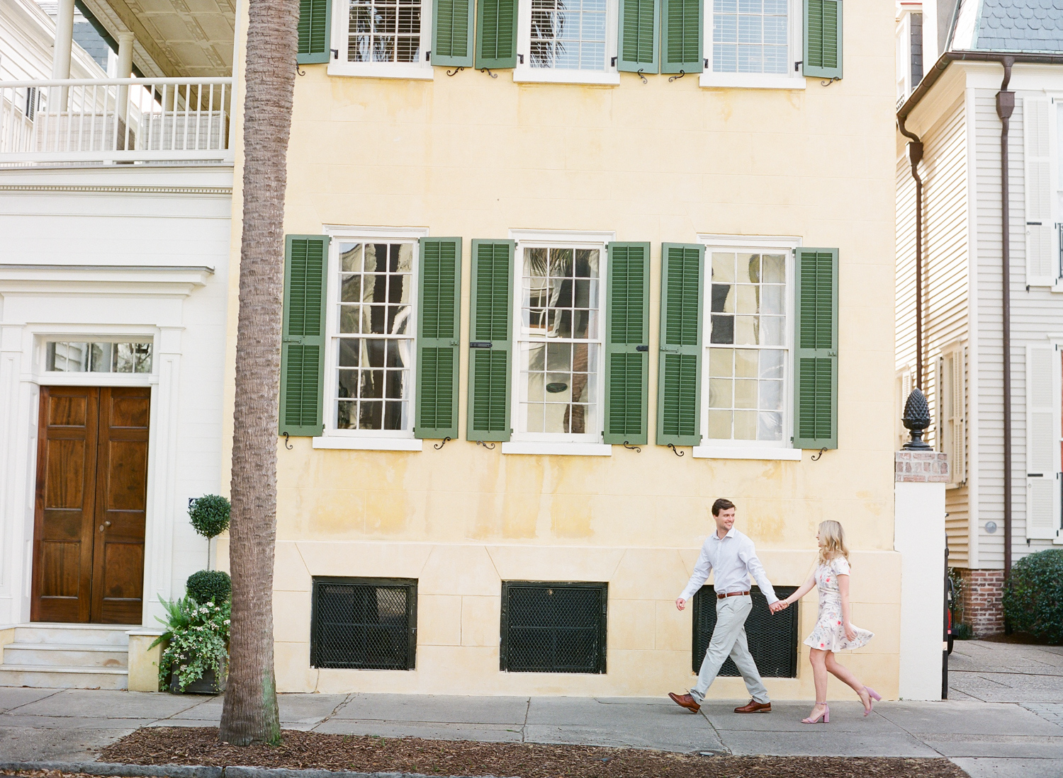 Charleston-Engagement-Session-Photos-16.jpg
