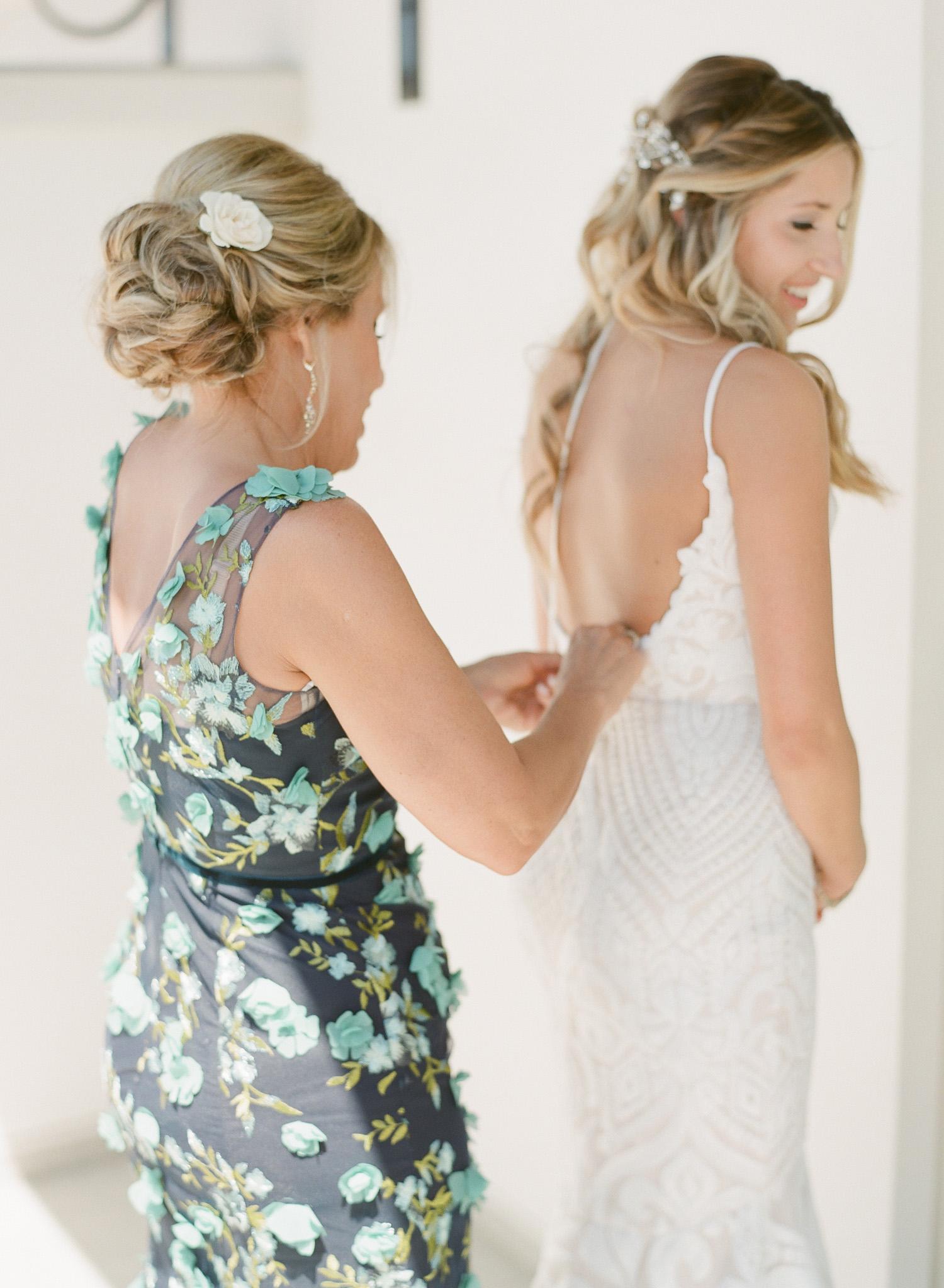 Charleston-Wedding-Photographers-Hotel-Bennett-17.jpg