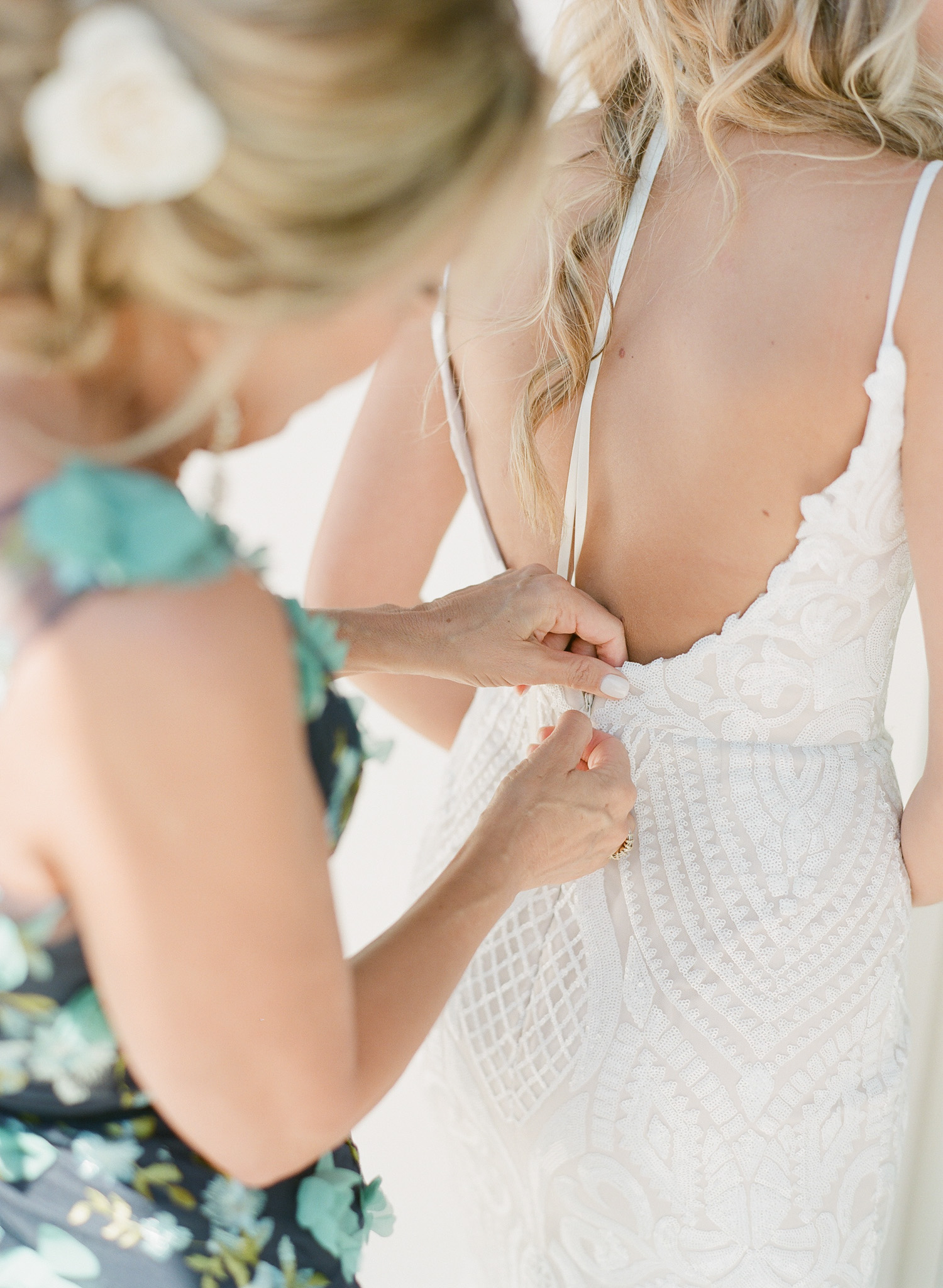 Charleston-Wedding-Photographers-Hotel-Bennett-18.jpg