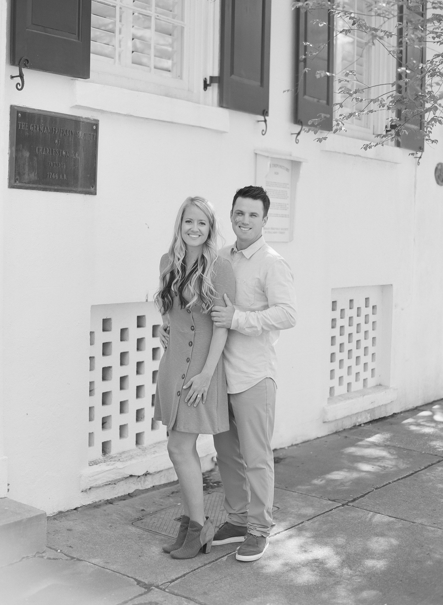 Charleston-Engagement-Downtown-31.jpg