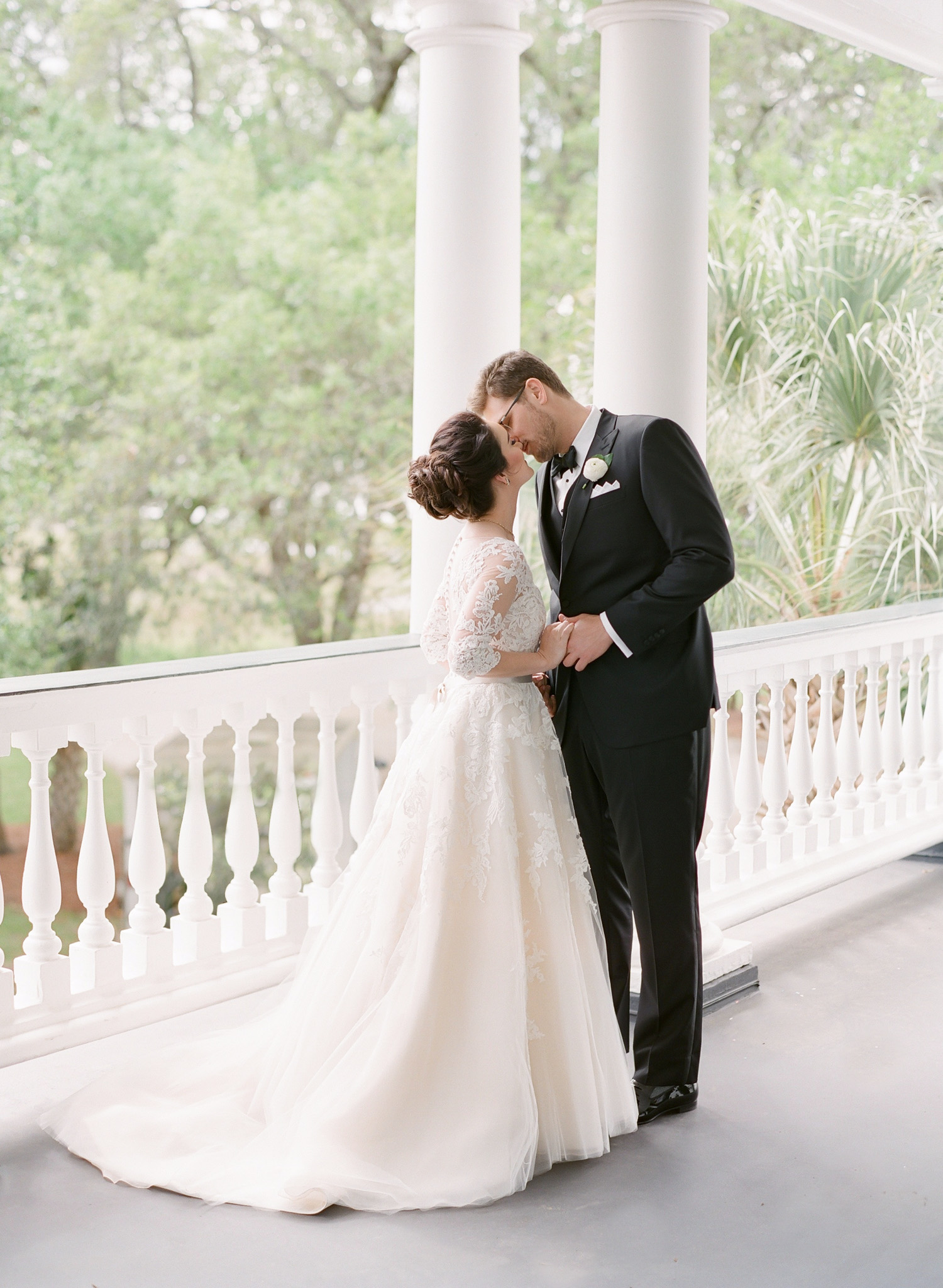 Charleston-Wedding-Lowndes-Grove-48.jpg