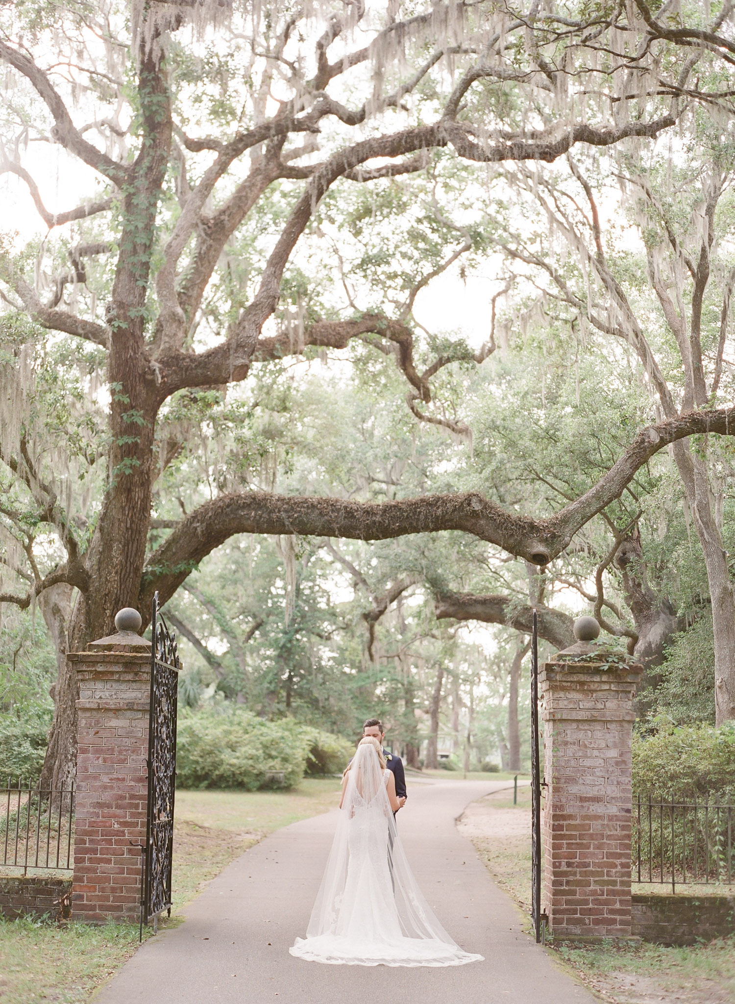Charleston-Wedding-Legare-Waring-House-50.jpg