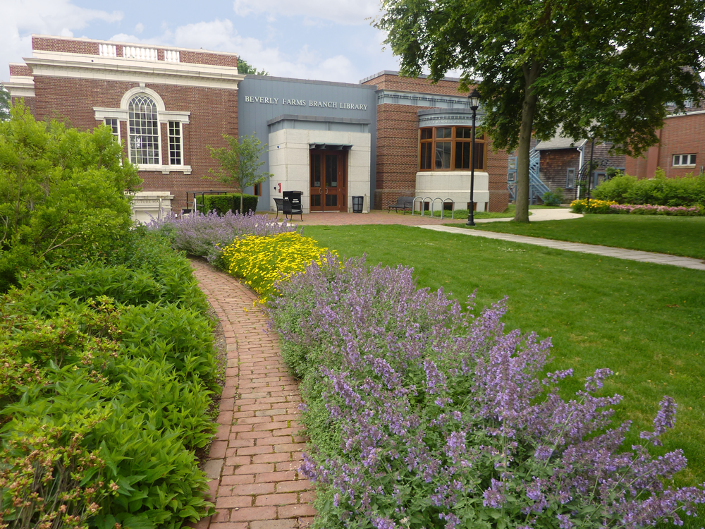 BEVERLY FARMS LIBRARY PARK