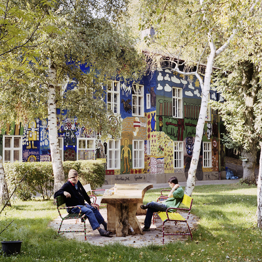 GUGGING - The House of Artists is based in a quiet place in Austria and harbors some of the most famous artists in the fields of Art Brut.