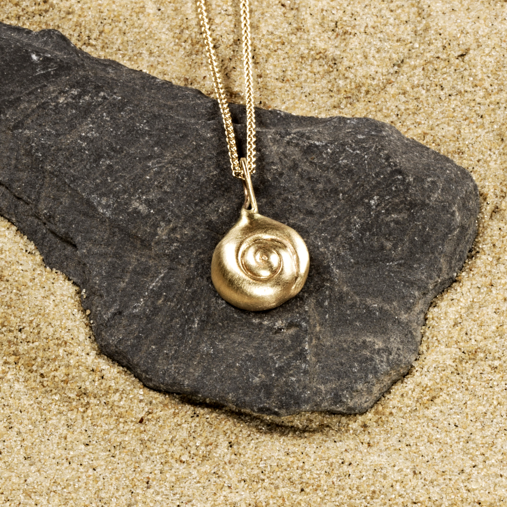 """Moonsnail Shell"" pendant in 14k yellow gold"