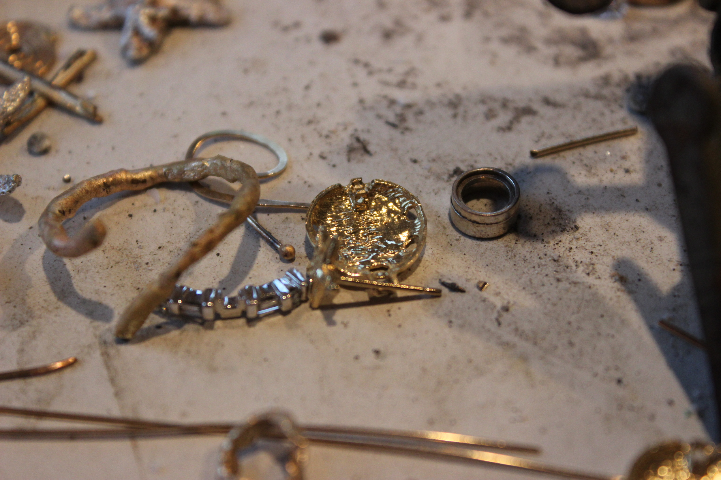 a close up view of the usual mess which is my workbench