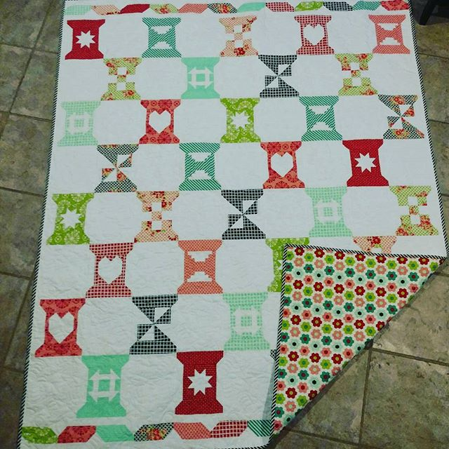 Come see this adorable quilt and pick up a kit! Loved making all the cute spools.  #spoolsamplerquilt