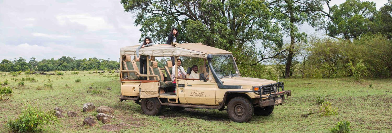 FMM Safari Vehicles 09.jpg
