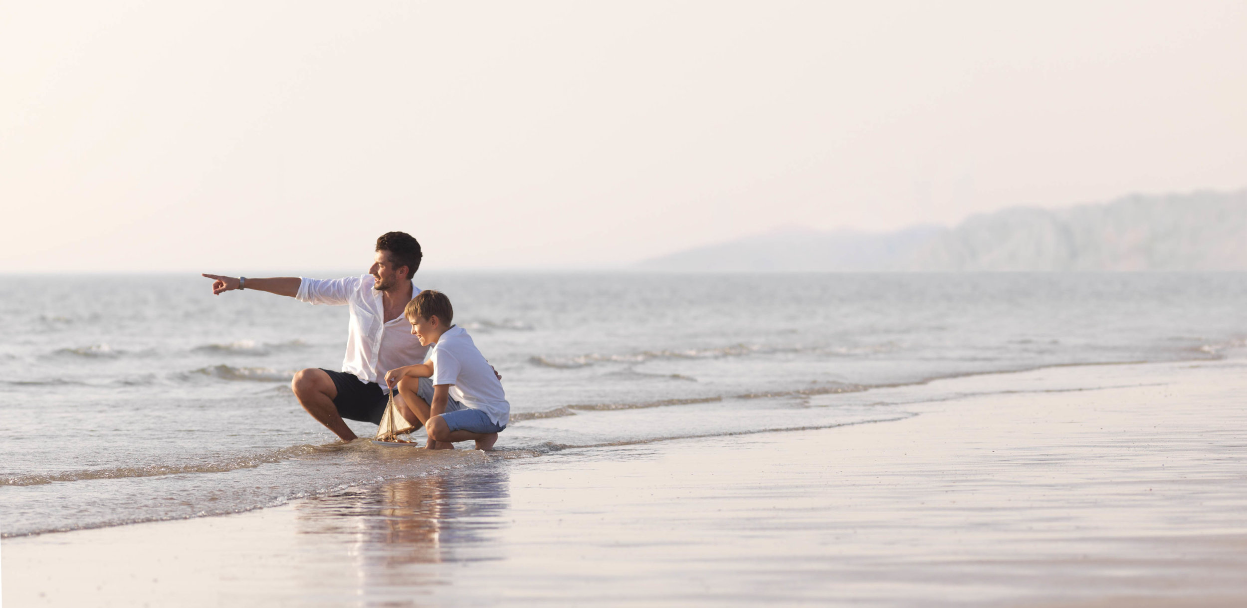 RAK Father and Son on Beach_0048.jpg