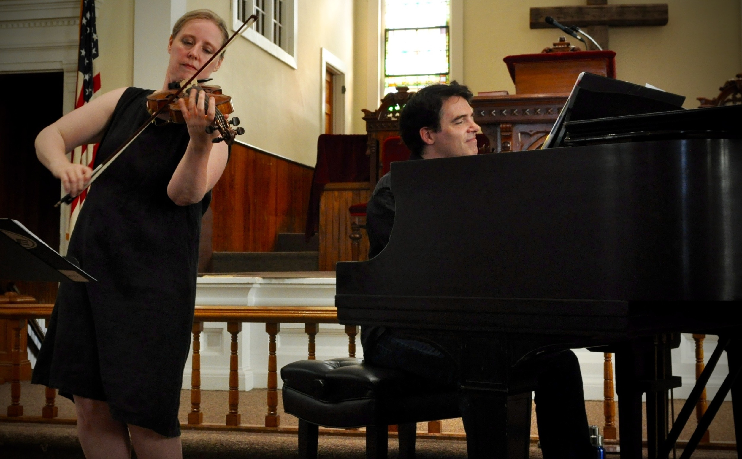 Fiddler Gretchen Koehler and pianist Daniel Kelly. Photo: Alicia Bodmer
