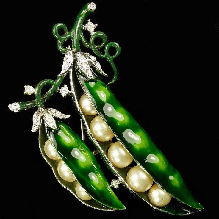 trifari peas.jpg