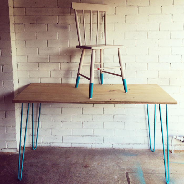 blue hairpin worktable
