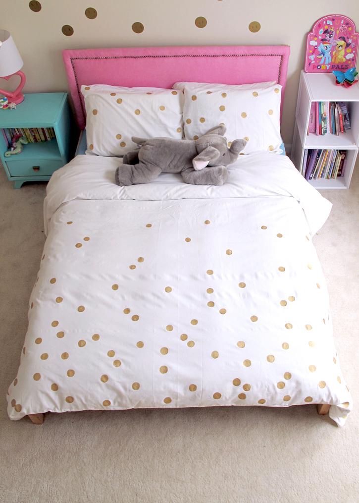 make a gold dot duvet DIY
