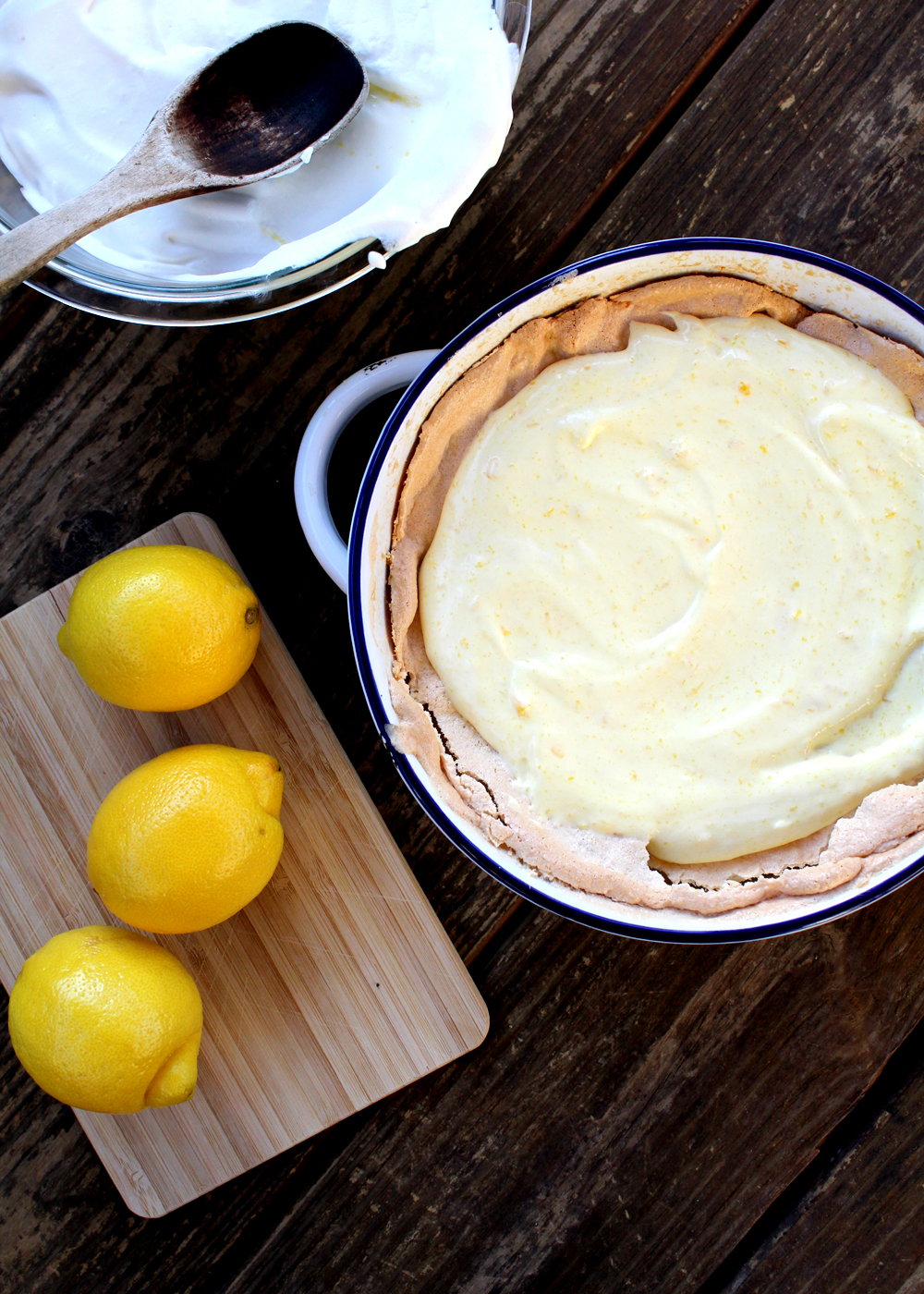 How to Make Lemon Angel Pie: a refreshing Southern dessert with meringue crust || tag&tibby