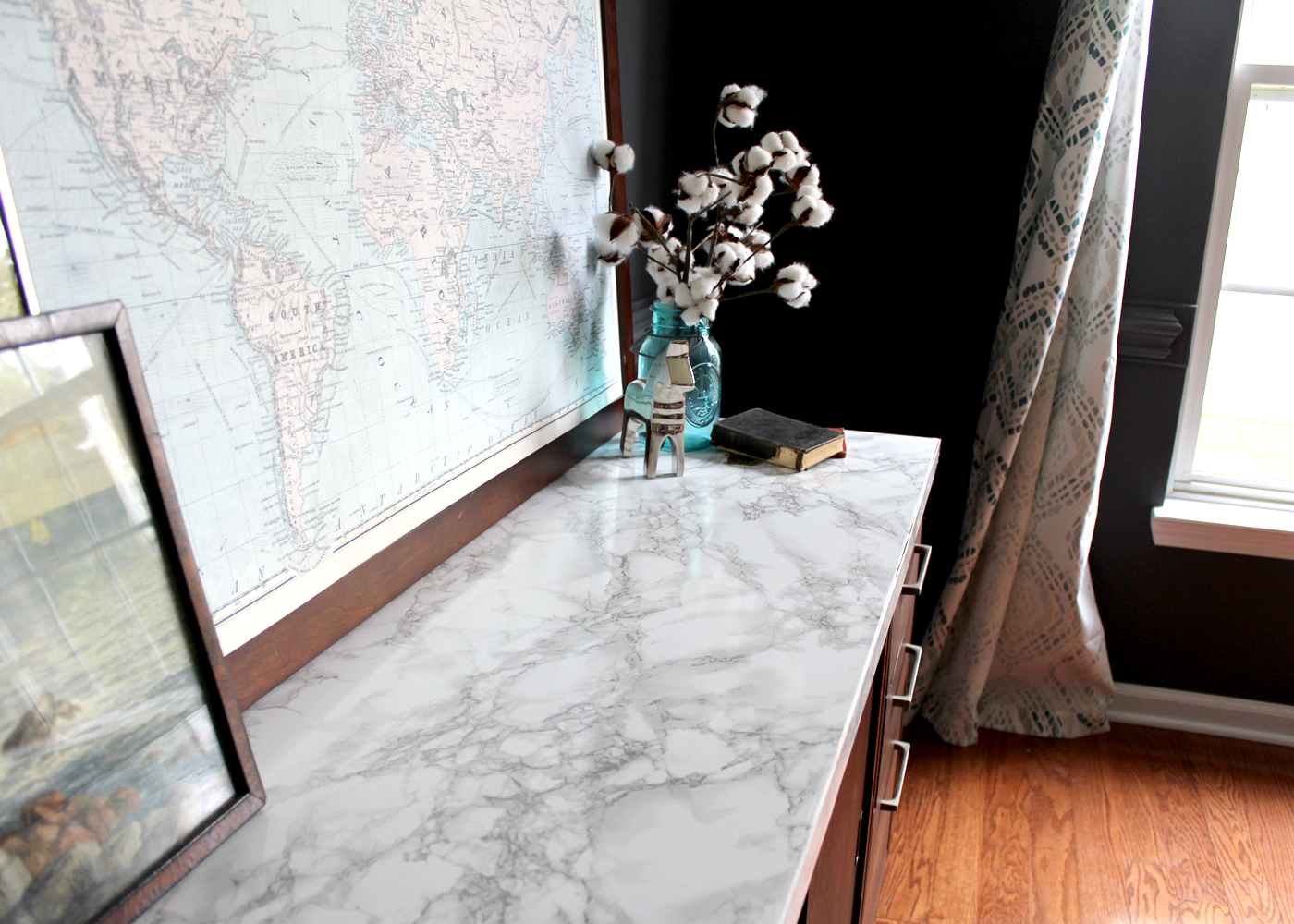 how to make a faux marble tabletop for under $10
