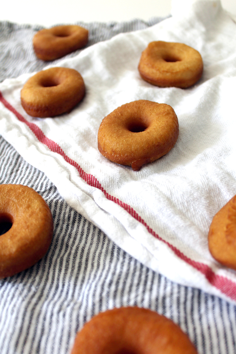 how to make donuts from biscuit dough (super easy!)