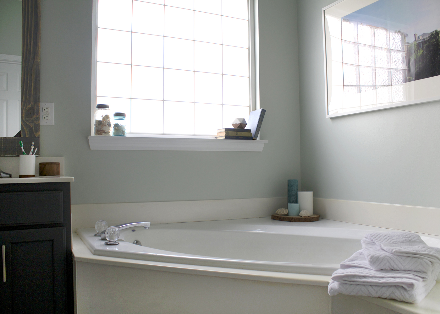 Sherwin Williams Sea Salt, master bathroom makeover