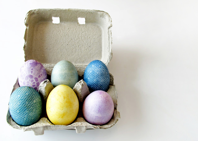 natural lace Easter eggs