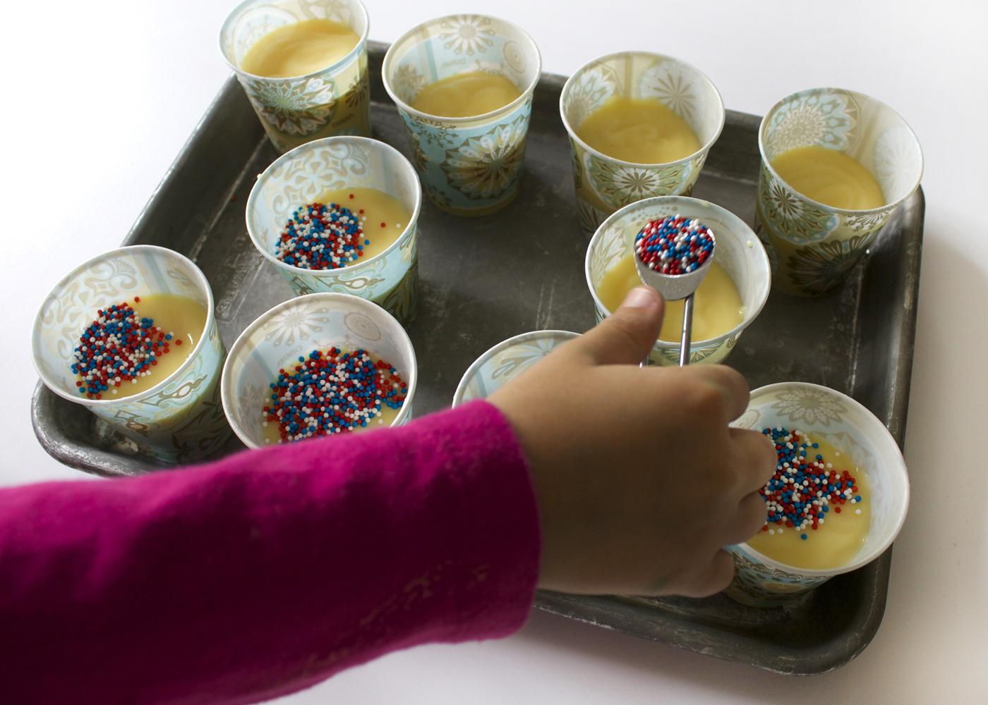 add 1/2 teaspoon of sprinkles per cup