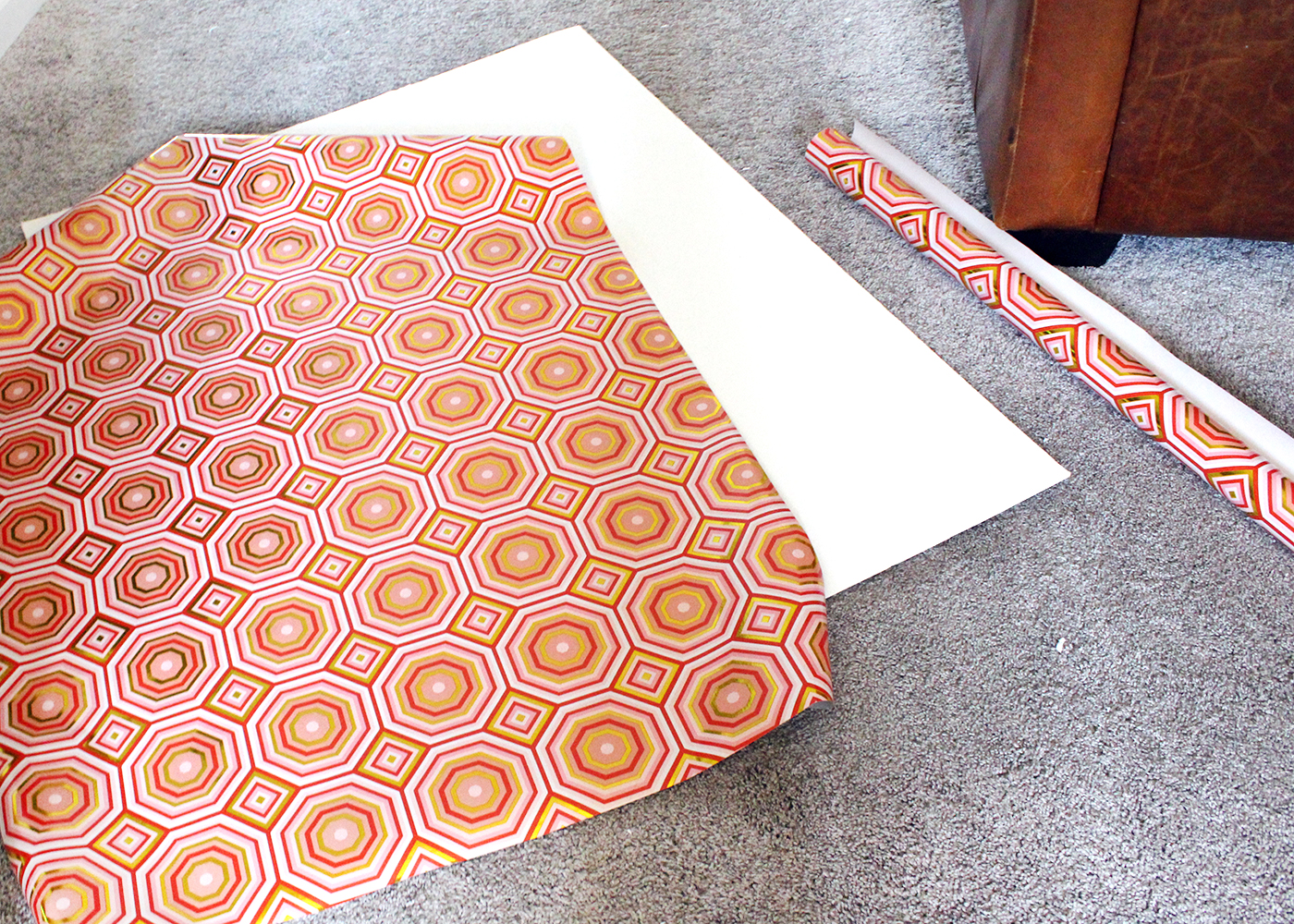 How to Make a Modern Christmas Card Holder Using Wrapping Paper