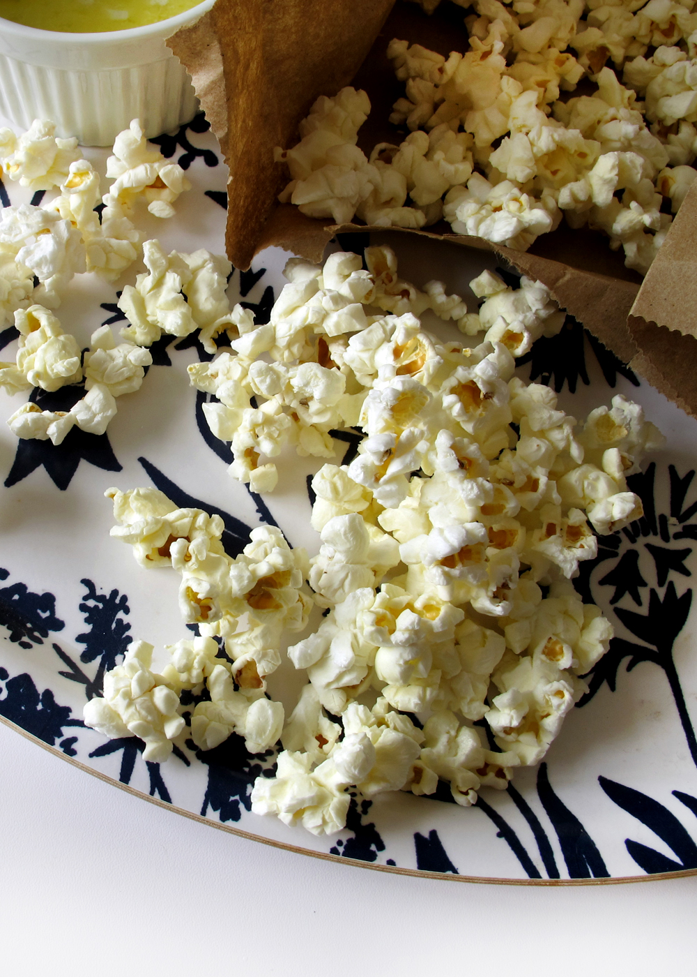 make your popcorn in a brown paper bag! an affordable afternoon snack