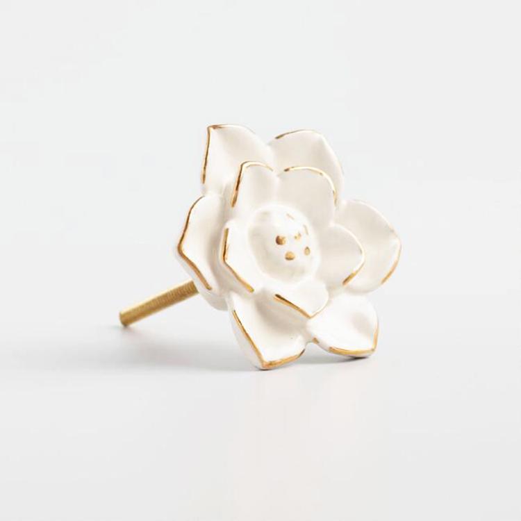 Ceramic Flower Pulls