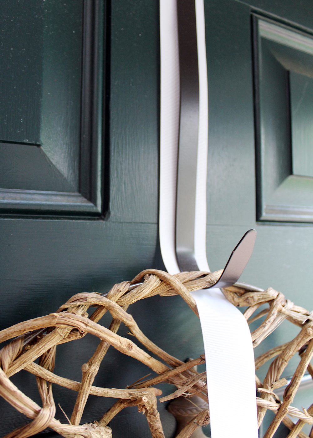 tip for how to cover a wreath hook with ribbon