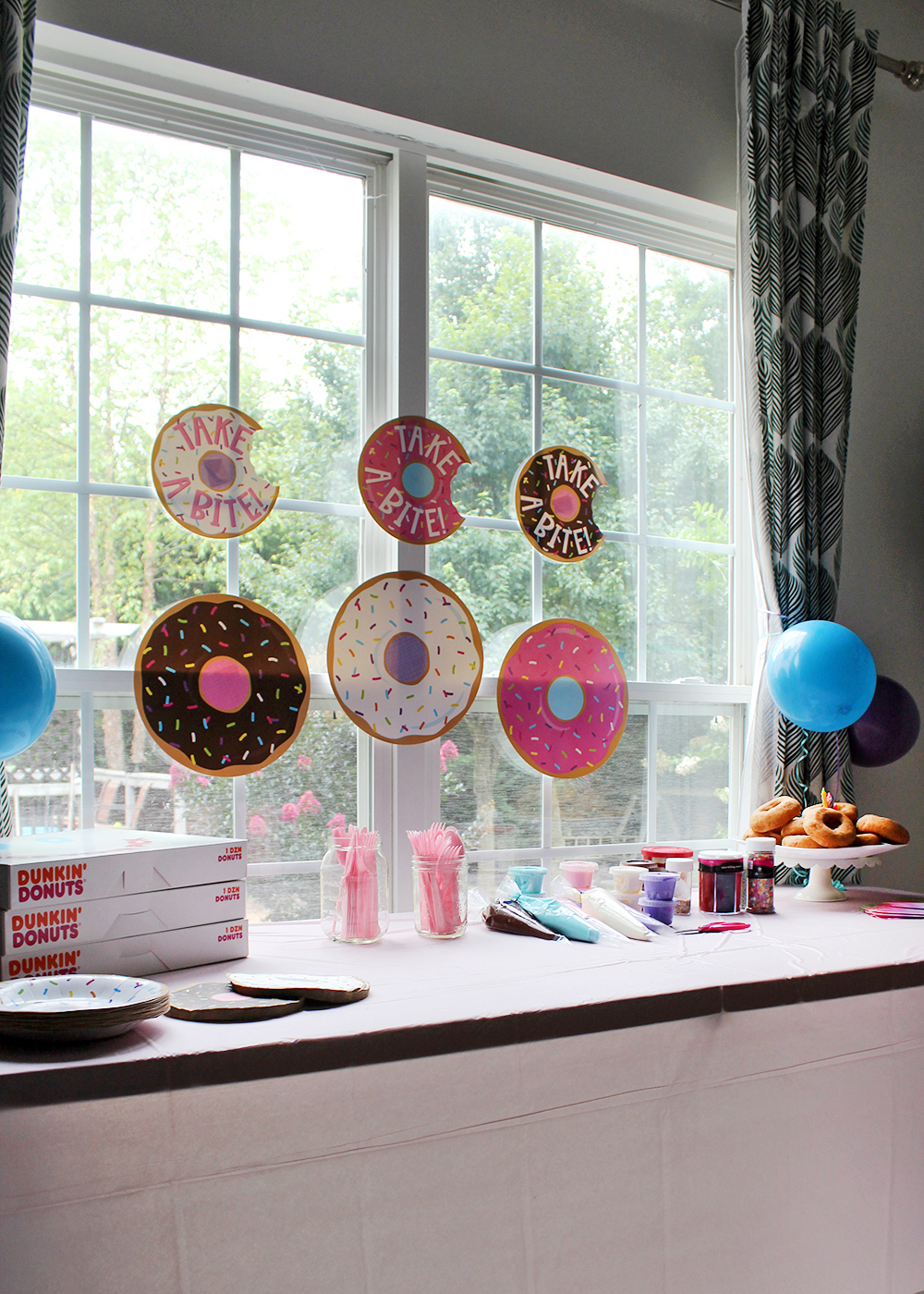 tips for hosting a donut decorating party #birthdayparty #donutparty #kidsparty