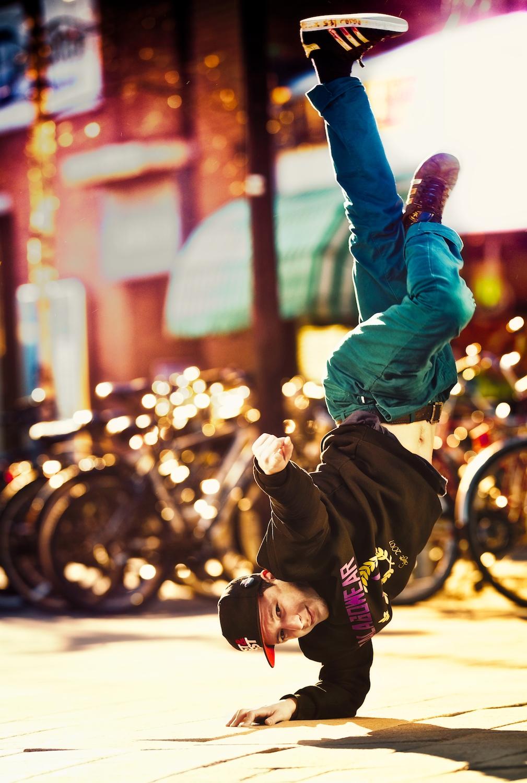dancepose break dance