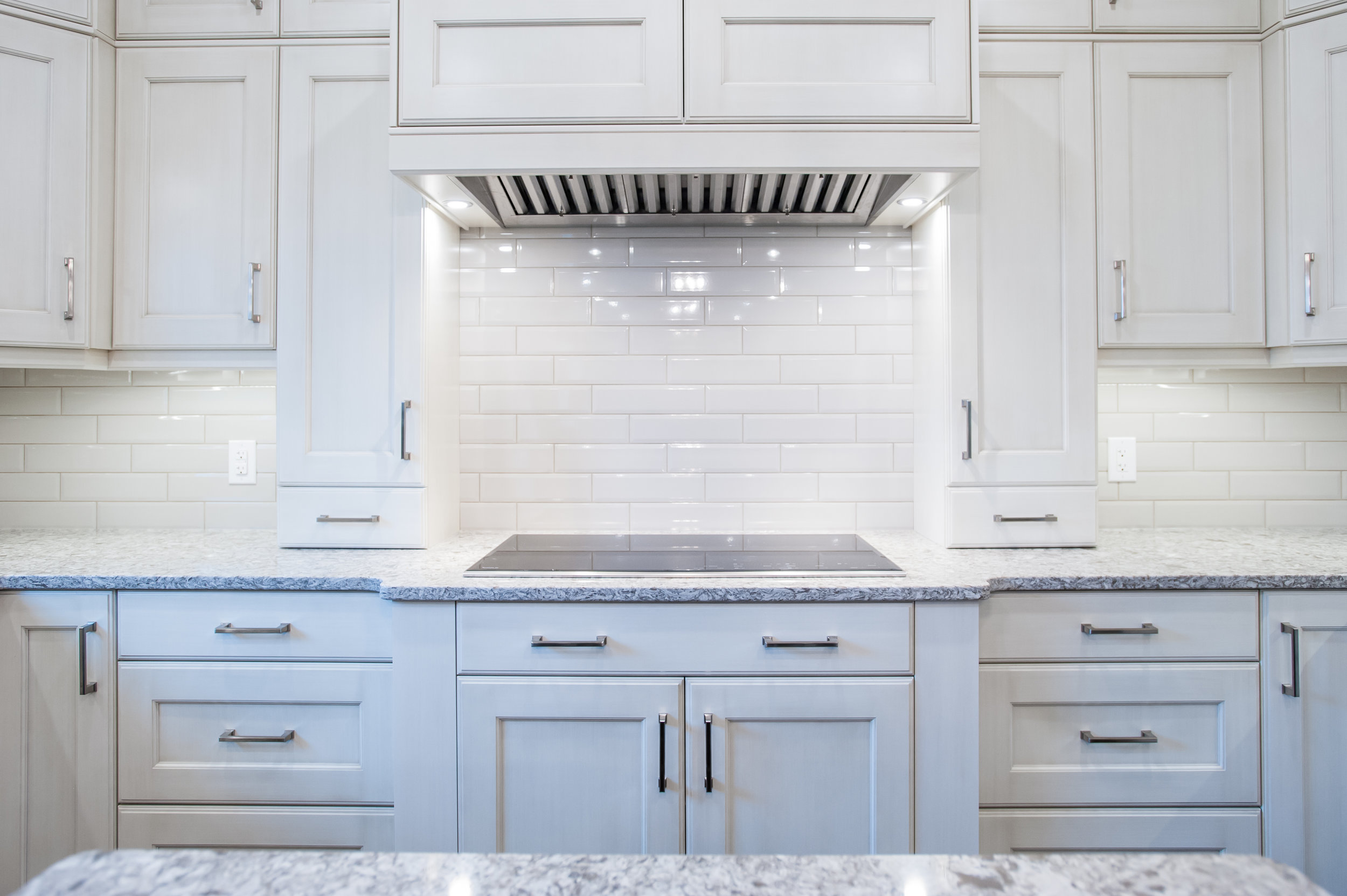 traditional_stove_cabinetry