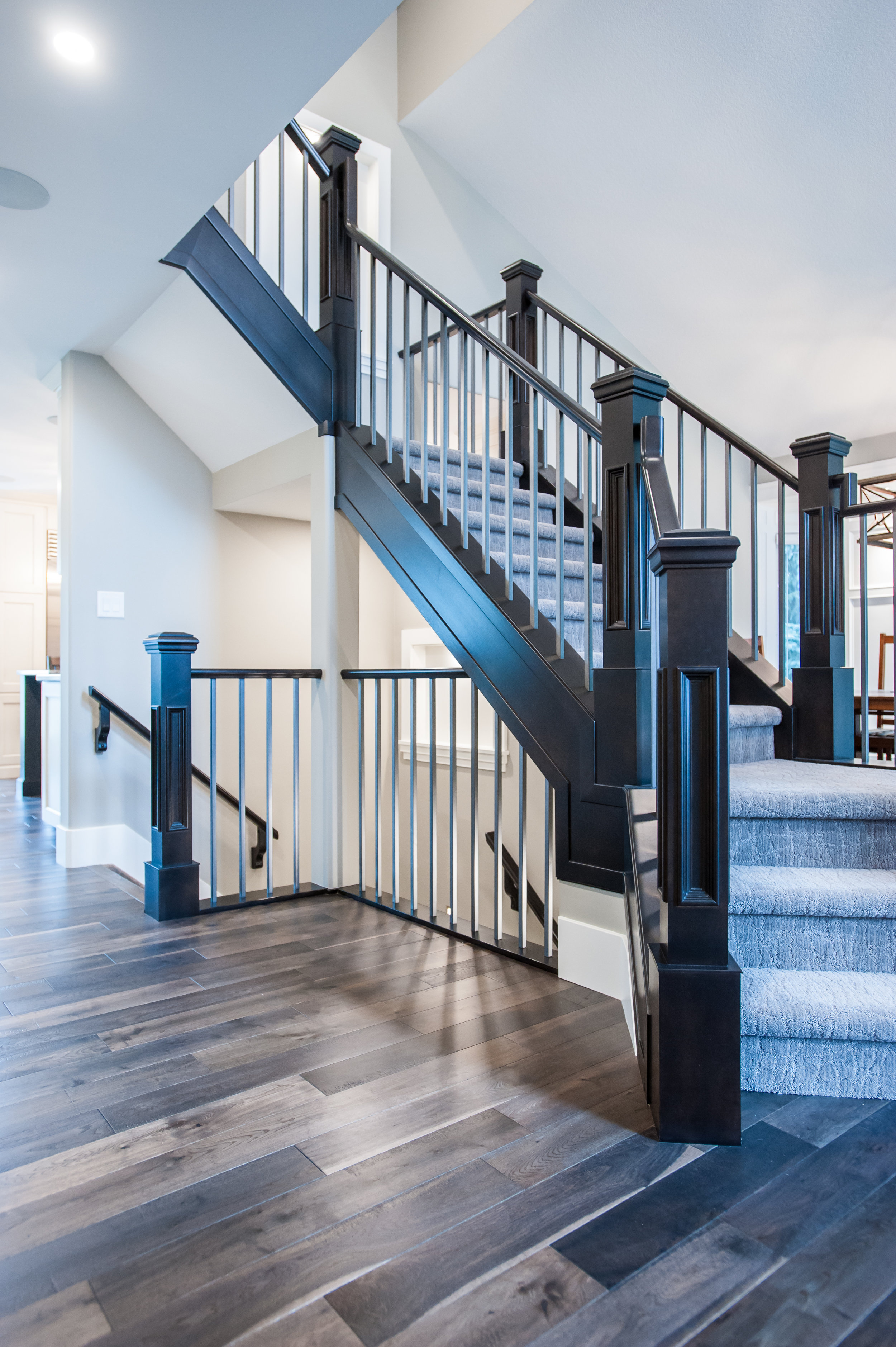 traditional_staircase_hallway