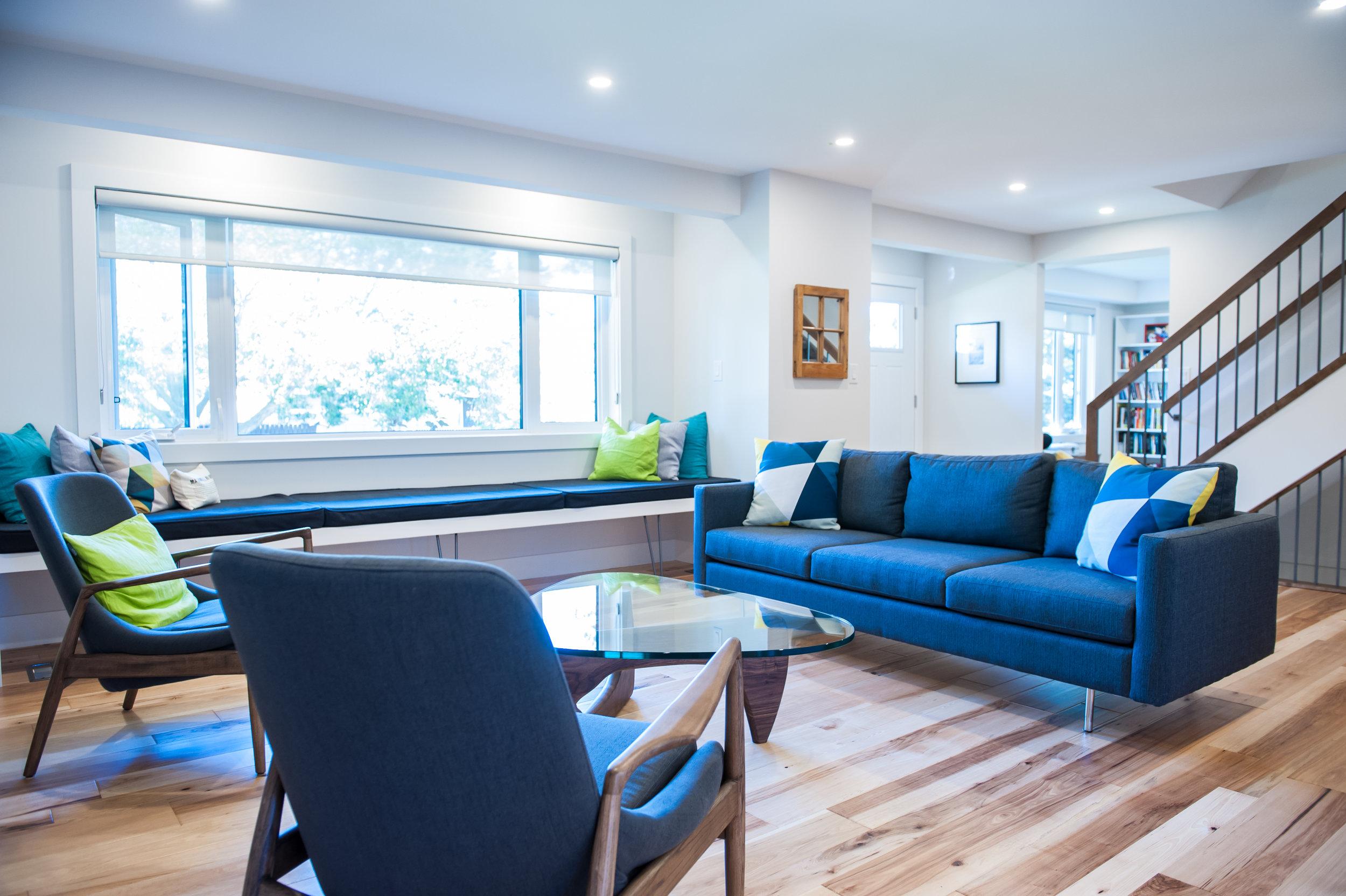 mid_century_modern_livingroom