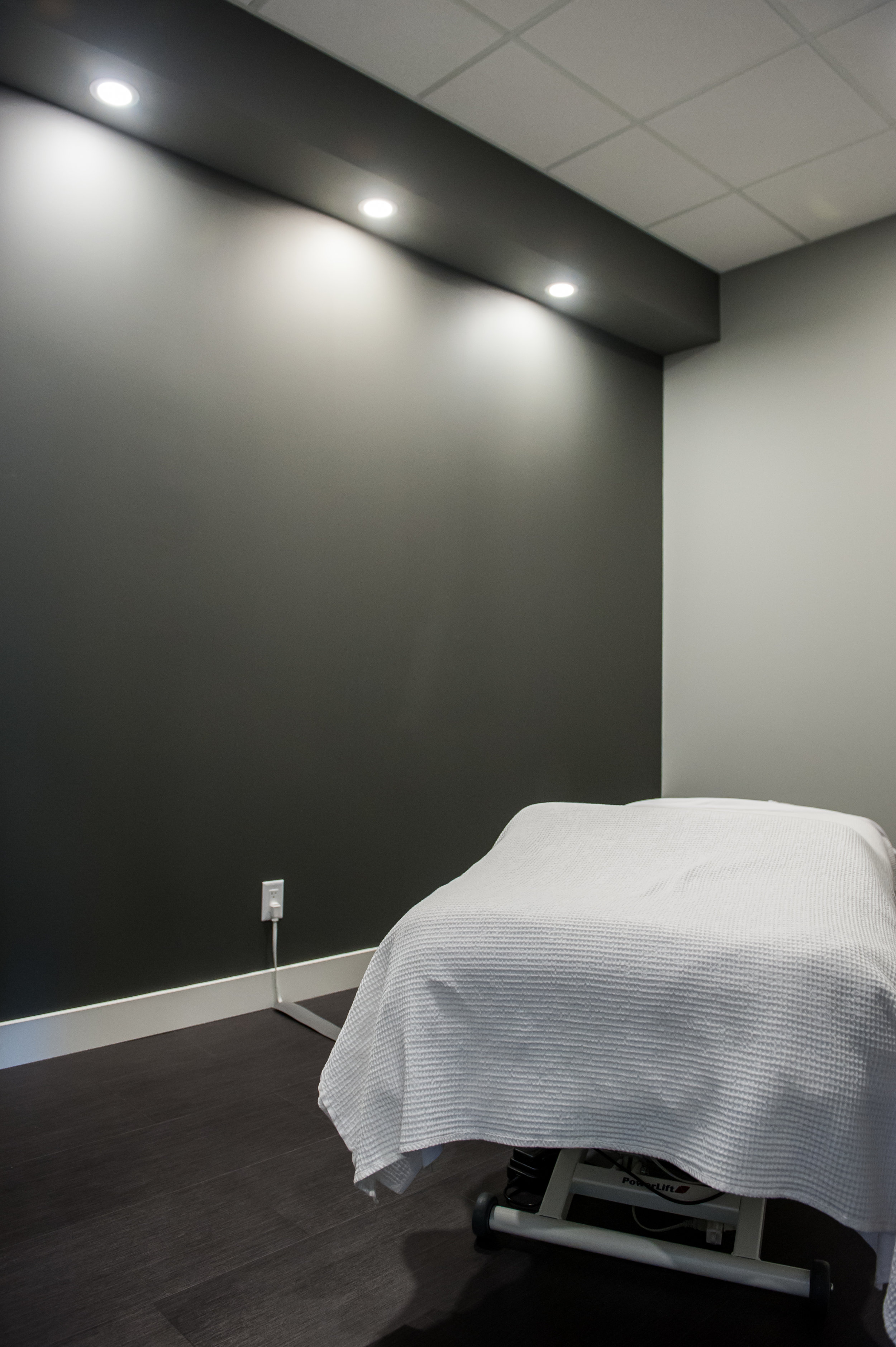 Massage Experts-24.jpg