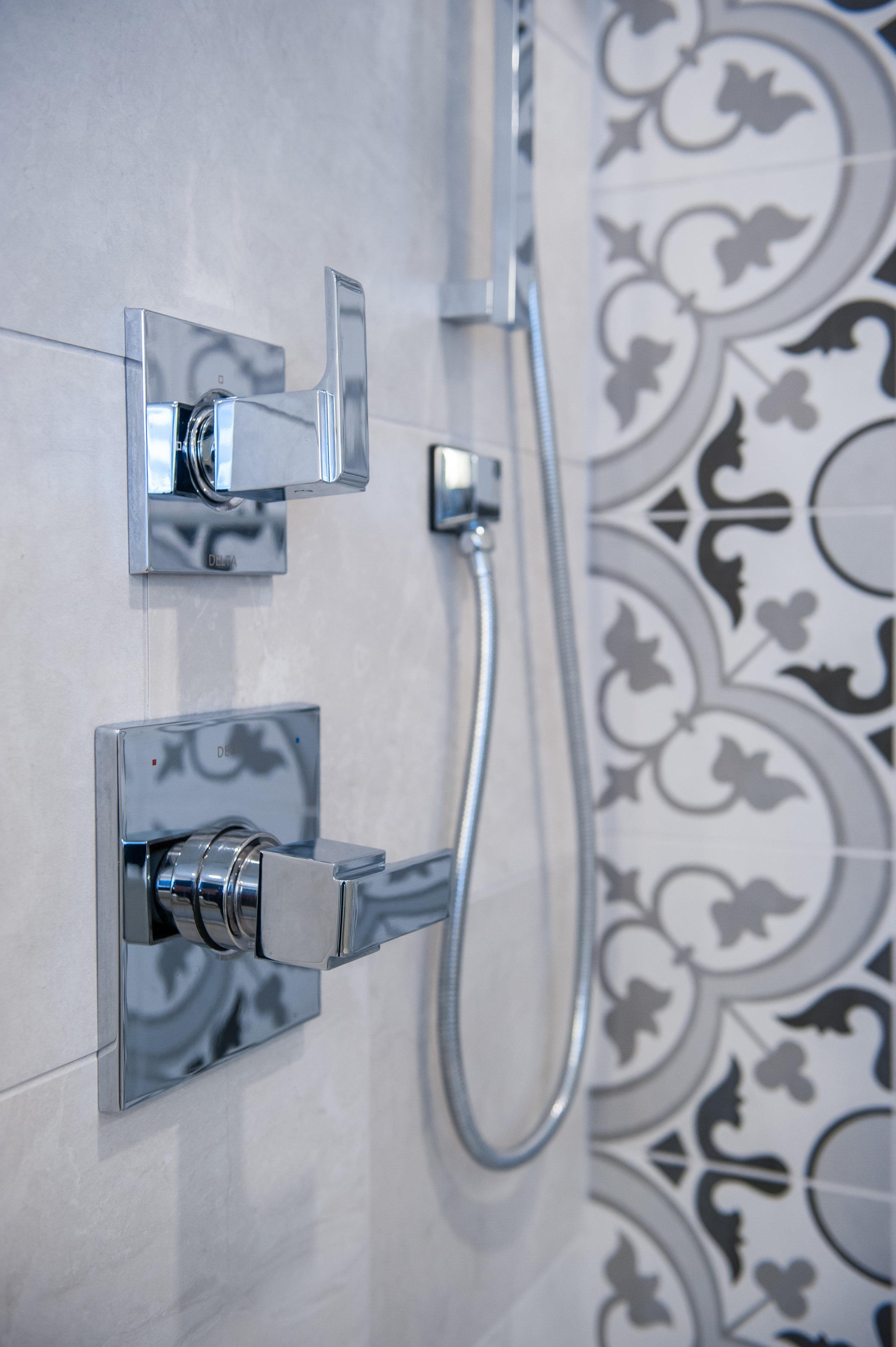 Kendall Bathroom-16.jpg