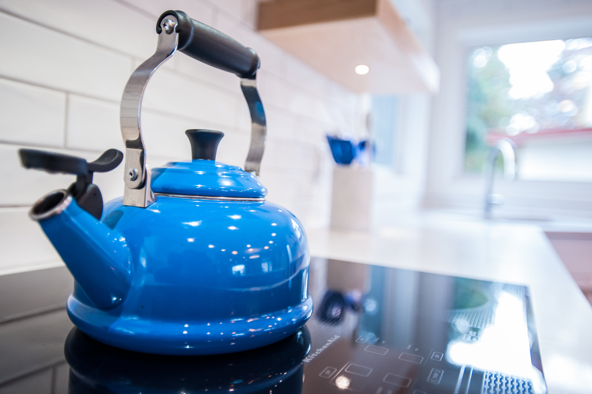blue_kettle