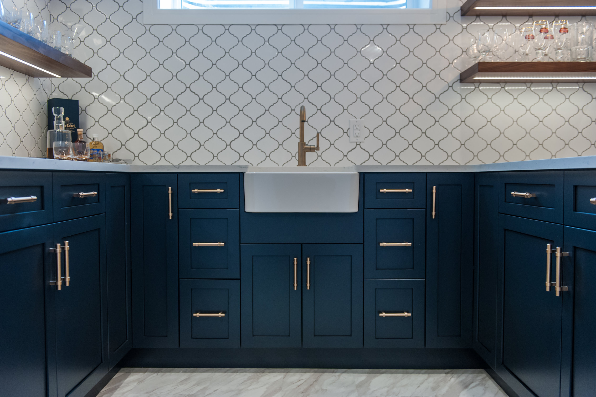 blue_cabinets_gold_handles