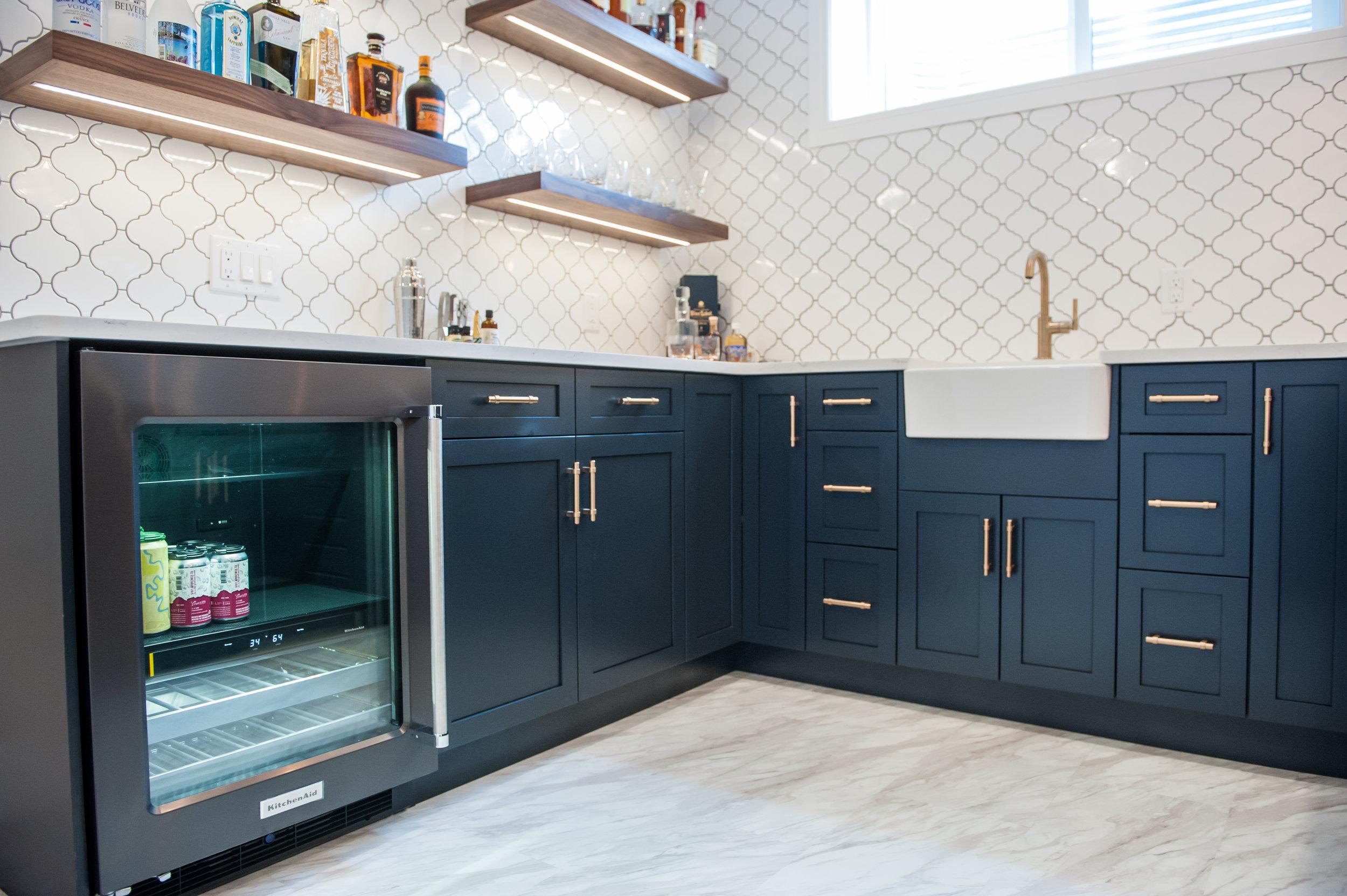 mini_fridge_gold_navy