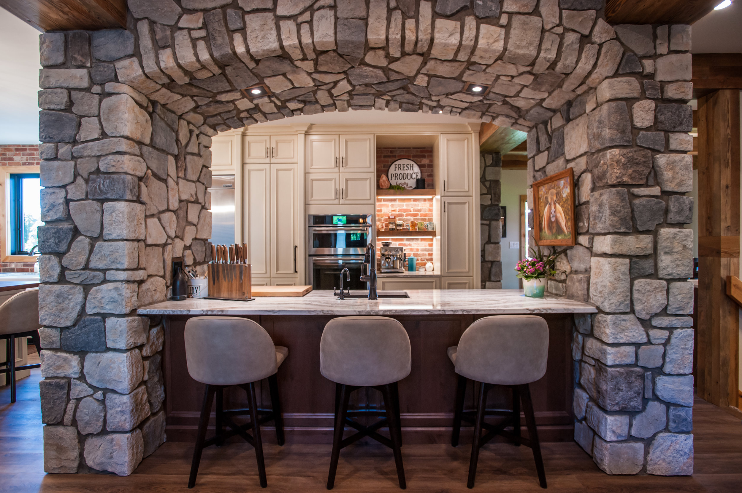 stone_arch_kitchen