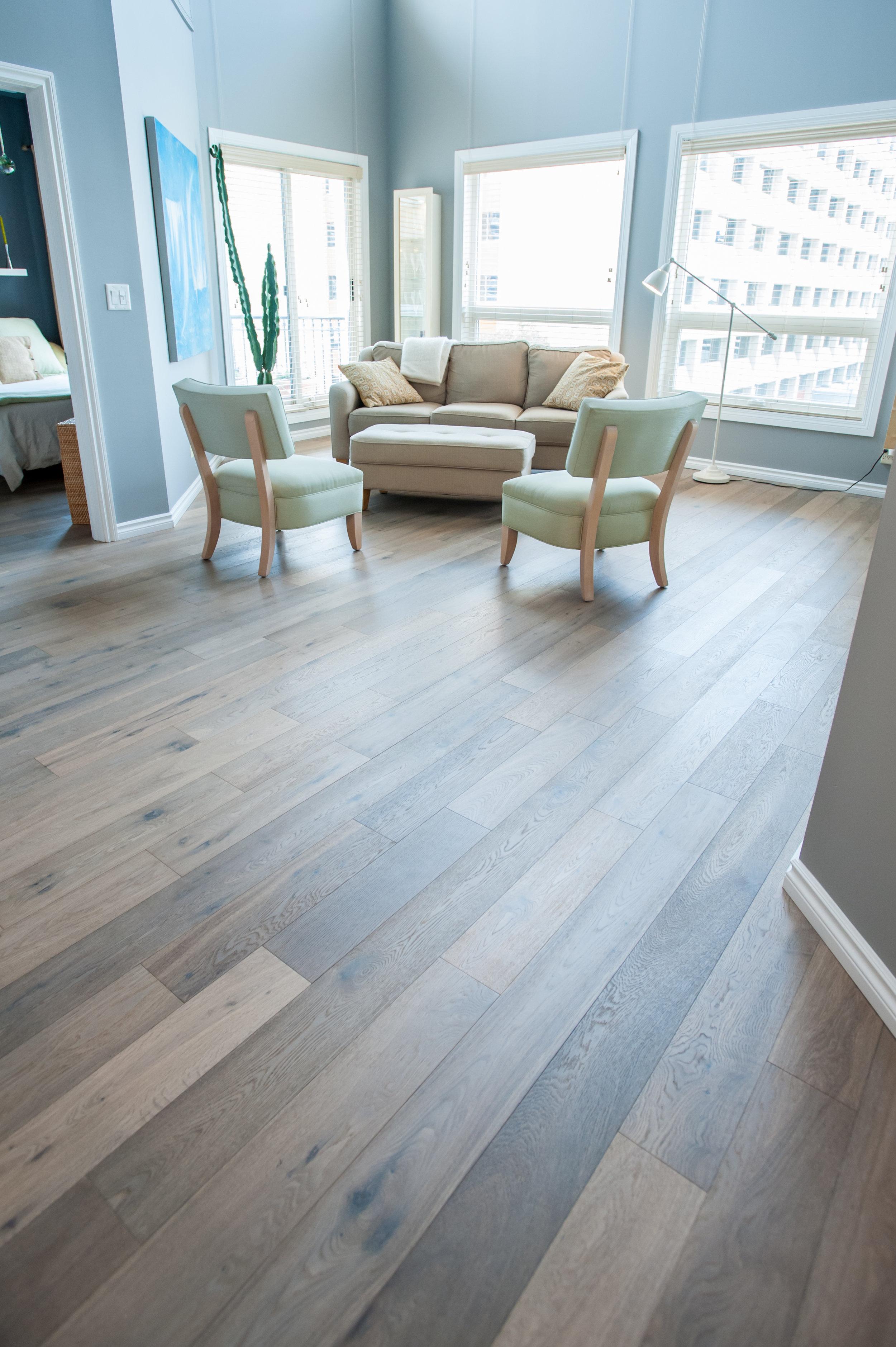 flooring_condo_renovation_engineered_hardwood