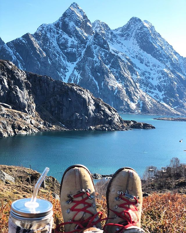 I'm going to miss you #lofoten ❤️🇳🇴⛰ #bprsnt #prsnt #thatviewthough #norway #peaceful #hiking #simplystraws