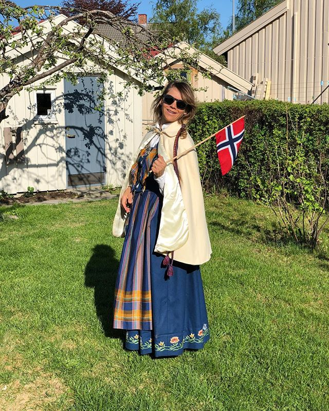 Happy birthday Norway 🇳🇴❤️🎉 #17mai #bunad #norwayday #celebrate #flag #patriotic #norway #hurra #cornball #nordlandsbunad #dress