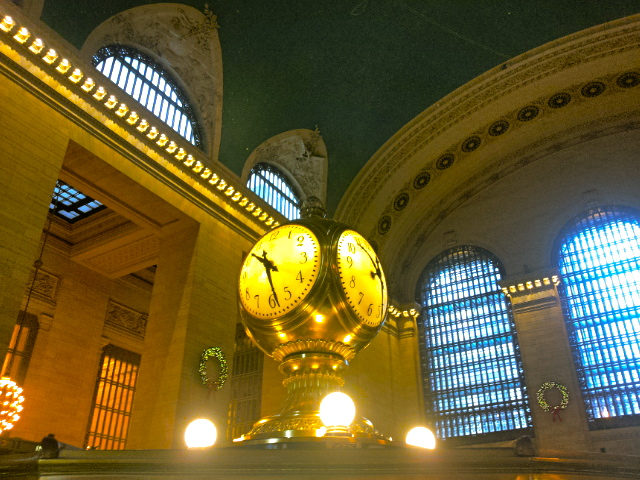 The most beautiful train station in the world at 10:28 AM - Grand Central Terminal