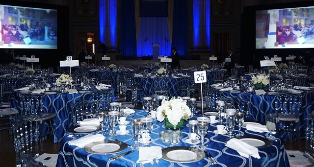 Gala 🍸 🍸 🍸 🍸 #gala #eventplanner #events #catering #eventsdc #tablesetting @dcreventrentals