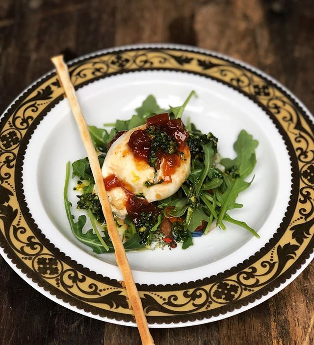 Burrata Arugula Salad 🍸 🍸 🍸 🍸 🍸 🍸 #burrata #arugula #Salad #Yummy #Platted #Dccatering #Instafood #Delicious #Chefsofinstagram #Chef #Veggie #Events #Eventcoordination #Vegetarian #Vegansofig #toyourtaste