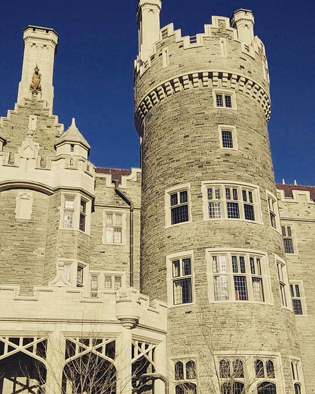 Last night I got to go to Casa Loma and try out one of their Escape Rooms in the Tower! Never been to an Escape Room or Casa Loma before. It was AMAZING!!! I think I might record a video about my experience it was sooo good!!!!