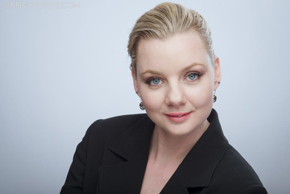 Branding Headshot for Liisa Pelot.