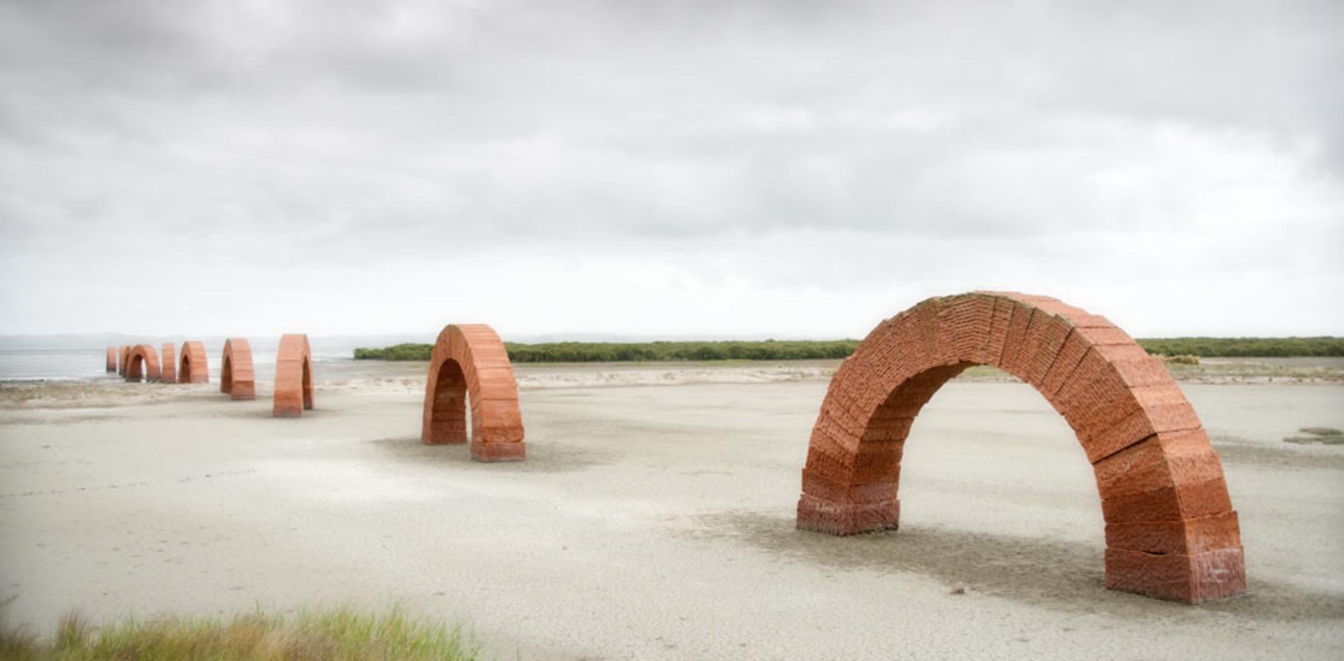 ANDREW GOLDSWORTHY   Arches  (2005)  Gibbs Farm, New Zealand
