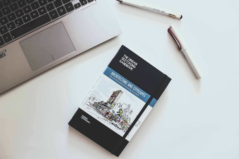 urban-sketching-handbook-review.jpg