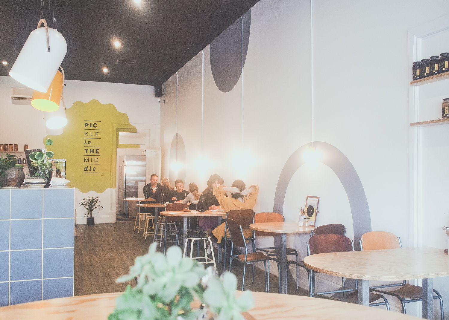 pickle-in-the-middle-cafe-interior.jpg