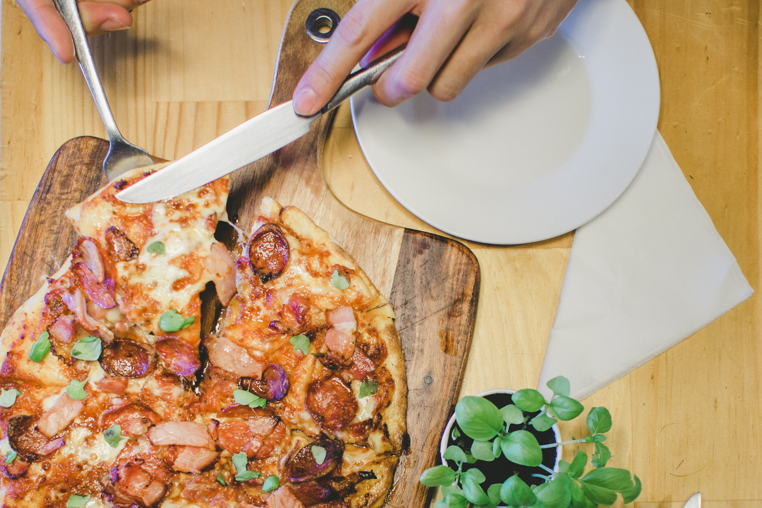 Salumiera:thin style pizza topped with cacciatore salami, casalinga, chilli pork belly, spicy nduja, smoked pancetta (special)- $15